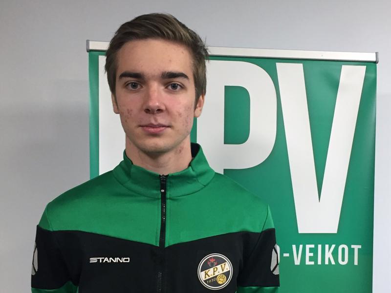 Juhani Pikkarainen tuli isänsä Tommin kasvattajaseuraan.