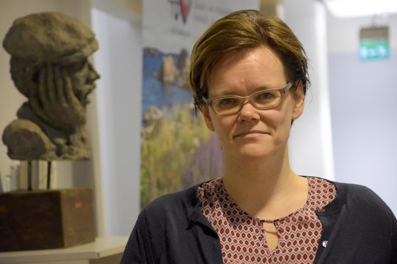 Johtava lääkäri Pia-Maria Sjöström
