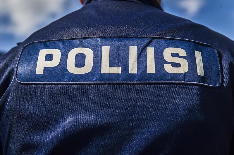Hämeen poliisilaitoksen poliisit saivat Orimattilassa kiinni Ruotsissa etsintäkuulutetun, Pohjoismaiden poliisin listoilla etsityimpiin kuuluvan Jani Kellokummun.