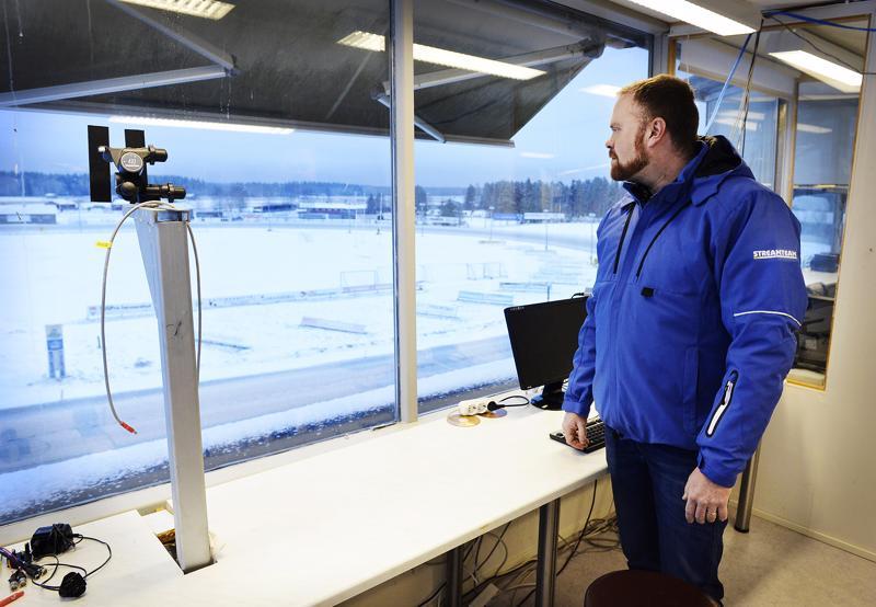 Keskisen raviradalta kaikki sai alkunsa. Juha Koskelan perustama Streamteam Nordic on kasvanut yhden miehen yrityksestä valtakunnan suurimmaksi urheilun livelähetysten tuottajaksi.