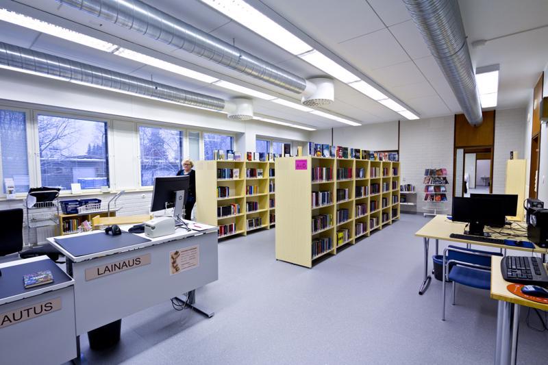Pyhäjärven uusi kirjasto hyödyntää vanhoja ammattiopiston tiloja.