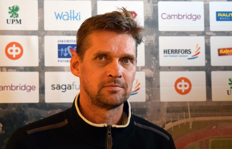 Jaron valmentaja Niklas Käcko oli tyytyväinen näkemäänsä harjoituspelissä. Käckon mukaan tuosta on hyvä jatkaa ensi vuoden puolella.