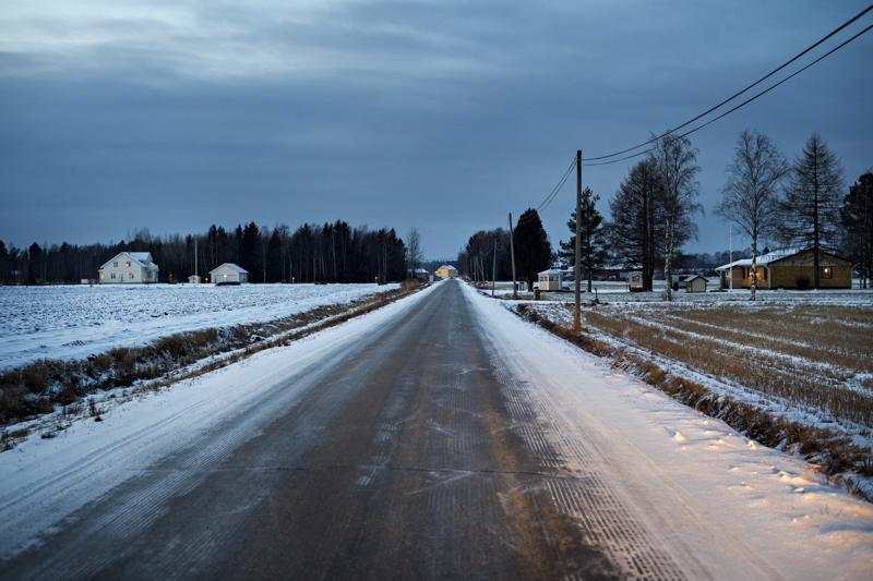 Kokkolan Koivistonkylässä on peltoaukeamia, joiden reunoilla oleviin metsäsaarekkeisiin tulee uusia rakennuspaikkoja.