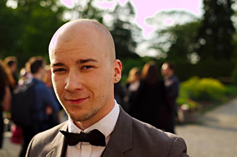 Kirjoittaja jatkaa Mäkirinteelläkäynnistynyttä koulutaivaltaanTukholman yliopiston jatko-opiskelijana.