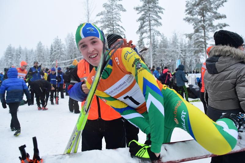 Tero Seppälä toi Haapajärven voittajana maaliin Keski-Pohjanmaan maakuntaviestissä Haapajärvellä.