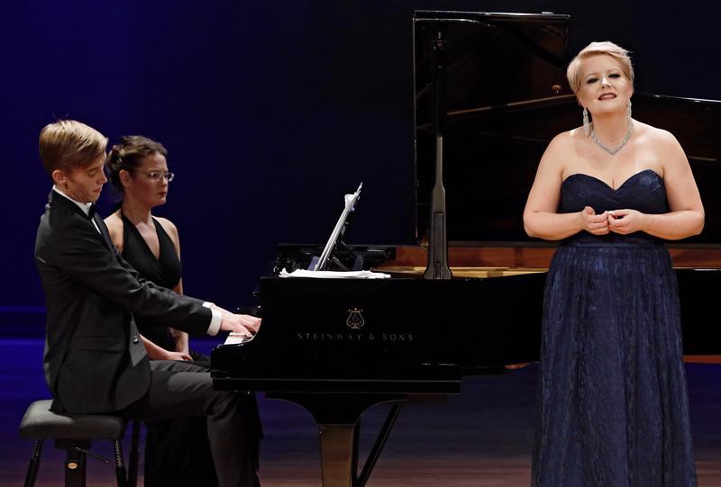 Virva Puumala ja Juho Lepistö kisasivat menestyksekkäästi Helsinki Lied -kilpailussa viime lokakuussa.