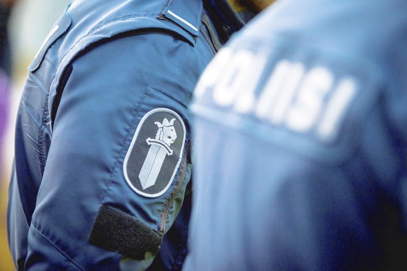 Kaikki tiedot asuntomurrosta voi ilmoittaa poliisin puhelinnumeroon 029 5440513.
