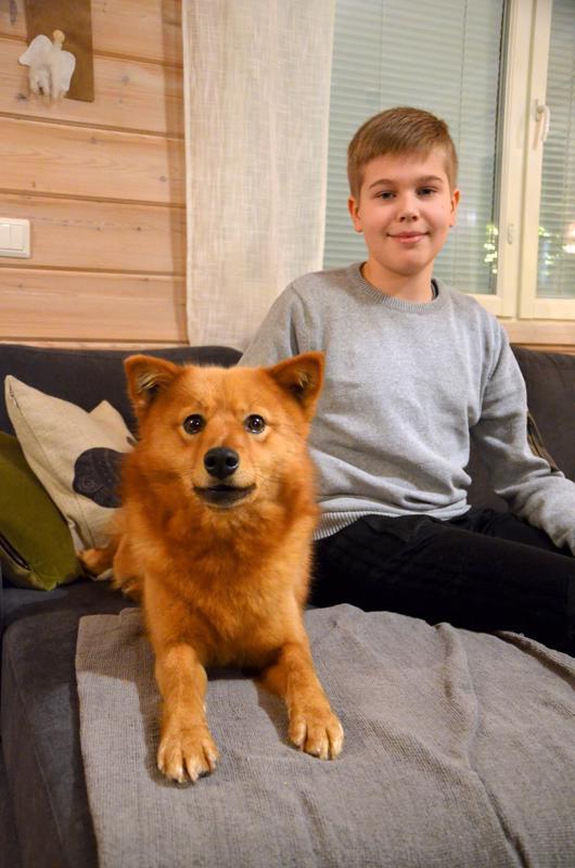 Oliver Ylikoski ja Päti harrastavat metsästystä yhdessä vanhempien ja isopapan kanssa.