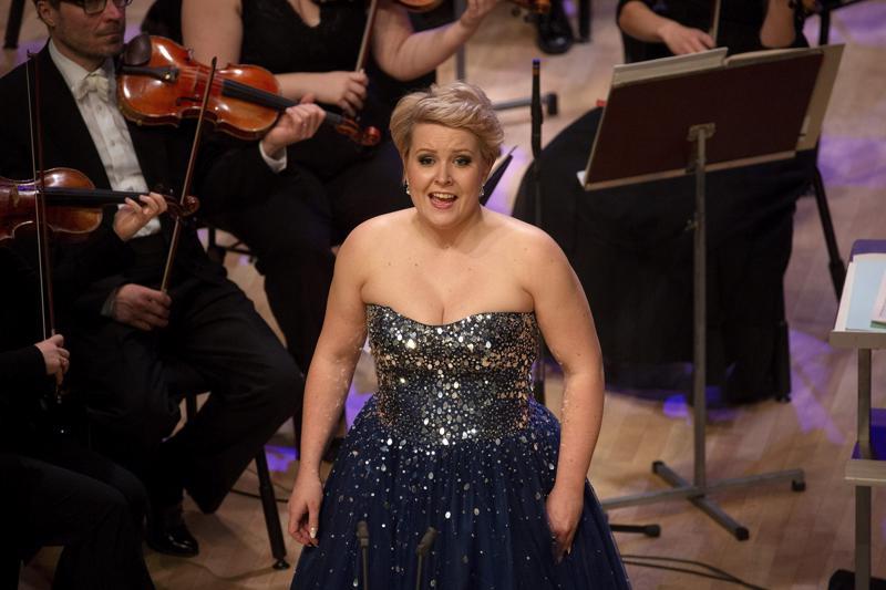 Virva Puumala lauloi kaksi aariaa Lappeenrannan laulukilpailun finaalissa.