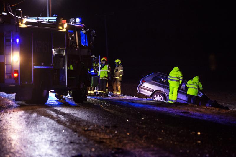 Kuorma-auton ja henkilöauton kolarissa Kajaanintiellä menehtyi yksi henkilö ja kaksi loukkaantui.