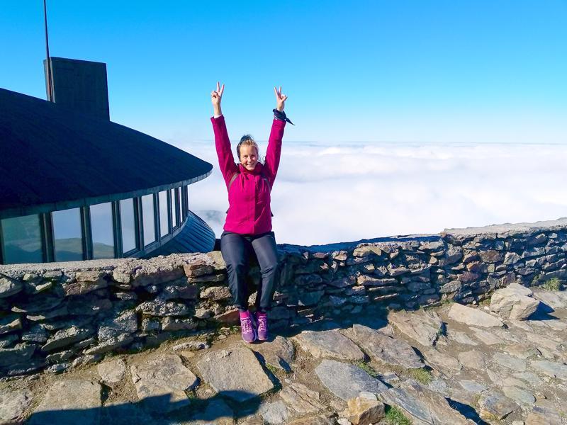 Huipulla ollaan! Riina Kiiskilä valloitti viime syksynä muun muassa Karpacz-vuoret Puolassa.