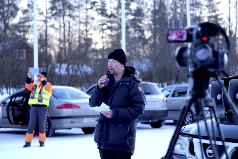 Jussi Halla-aho puhui Vetelissä muun muassa maahanmuuttopolitiikasta. Hänen mukaansa ongelmat olisivat estettävissä poliittisin ratkaisuin.