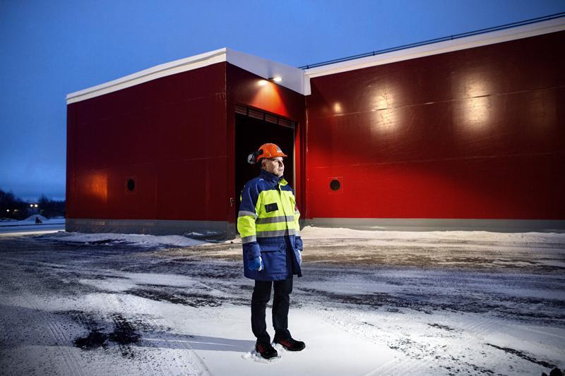 Boliden Kokkola Oy:n toimitusjohtaja Antti Kontiainen tehdasalueella Kokkolassa.