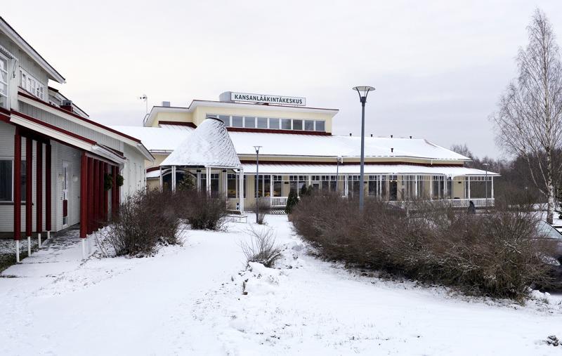 Kansanlääkintäkeskusta pyörittänyt Terveyskylä-säätiö on asetettu konkurssiin.