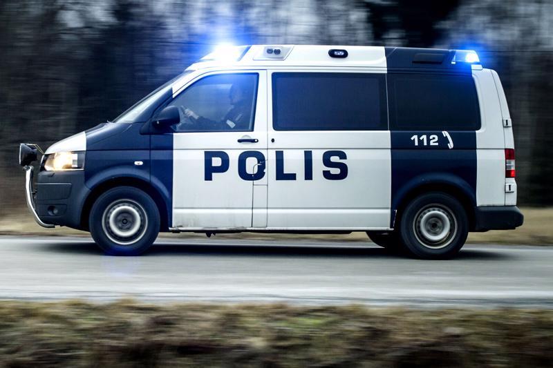 Poliisipartio sai kiinni hurjaa ylinopeutta ajaneen nuoren miehen Pyhäjärvellä.