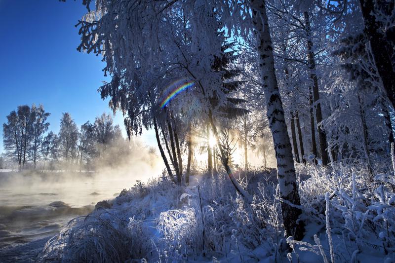 Lämpötila kävi maanantain vastaisena yönä monin paikoin -30 asteen kylmemmällä puolella. Pakkassää jatkuu vielä ainakin tämän viikon.