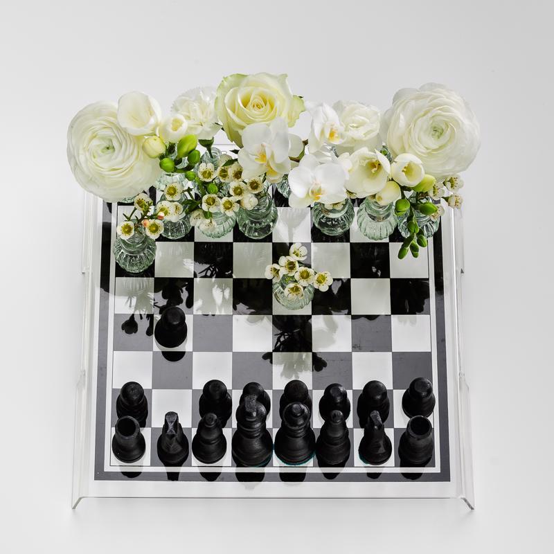 Inspiroidu jostain -sarjaan Lapinoja osallistui shakkiin uppoutuneella työllä.