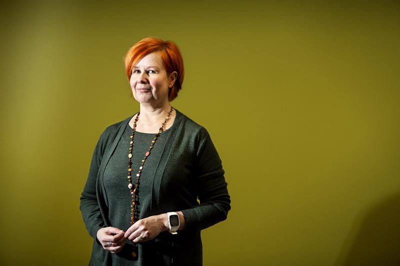 Kaupunkilupapäällikkö Minna Väisänen kertoo, että valmisteilla oleva uusi rakennusjärjestys on selkeämpi kuin nykyinen.