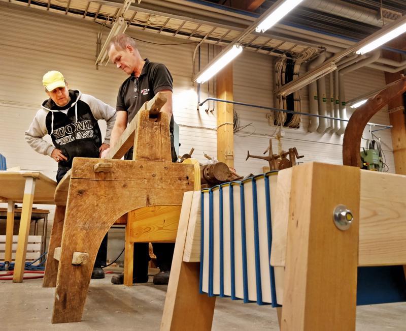 Romumuotoilija Henrik Enbom veti Retrossa työpajaa viime marraskuussa.