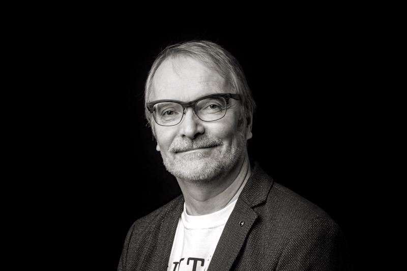 Keskipohjanmaan elokuvakriitikko Hannu Björkbacka.