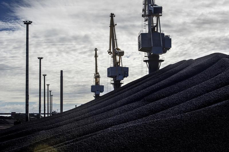 Kokkolan sataman rautapellettitoimittaja on viestittänyt, että kivihiilen tulo vaikuttaisi negatiivisesti rautarikasteen vientiin Kokkolan kautta.