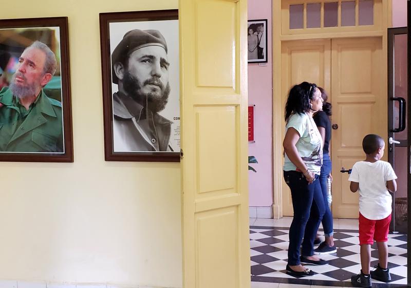 Museo 26 de Julio esittelee Fidel Castron johtamaa hyökkäystä Moncadan kasarmille Batistan vallankumouksen jälkeen vuonna 1952.