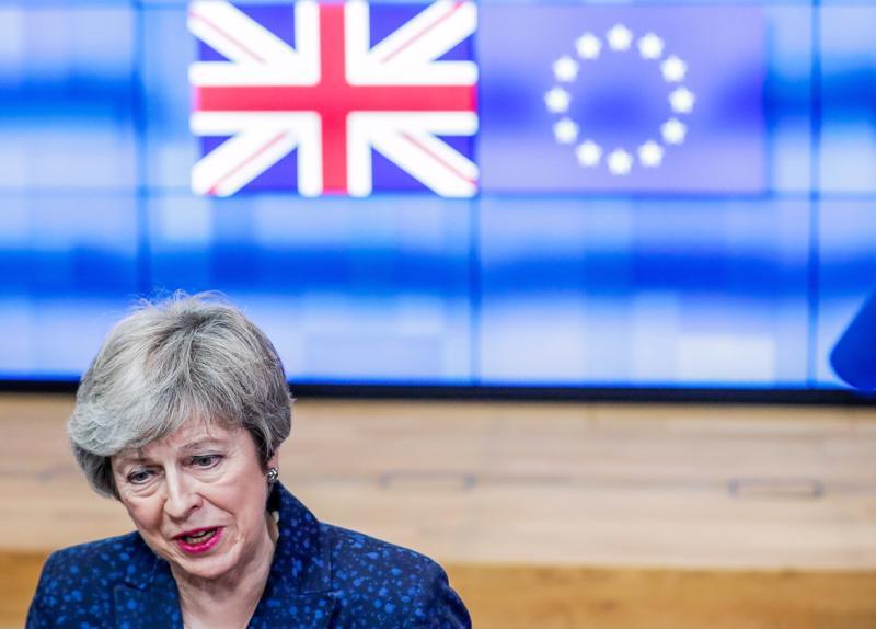 Britannian pääministeri Theresa May aikoo hakea tukea neuvottelemalleen brexit-sopimukselleen parlamentilta tiistaina.
