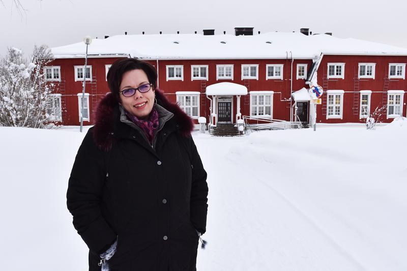 Rehtori Marika Åvist kertoo Haapaveden Opistolla olevan noin 190 opiskelijaa, mutta kampusalueella meno on hiljentynyt opiskelun siirryttyä entistä enemmän työpaikoille.