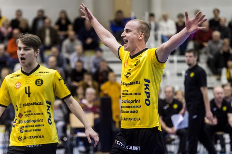Anton Välimaa ja Niklas Seppänen kuuluivat voittajien tärkeimpiin pelaajiin.