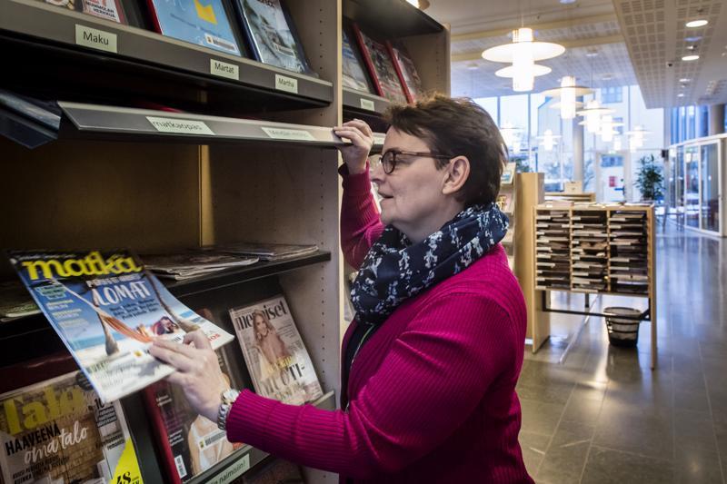 Omatoimikirjasto käytäntö laajenee Lohtajalle kesäksi, kertoo kirjastotoimen johtaja Susann Forsberg.