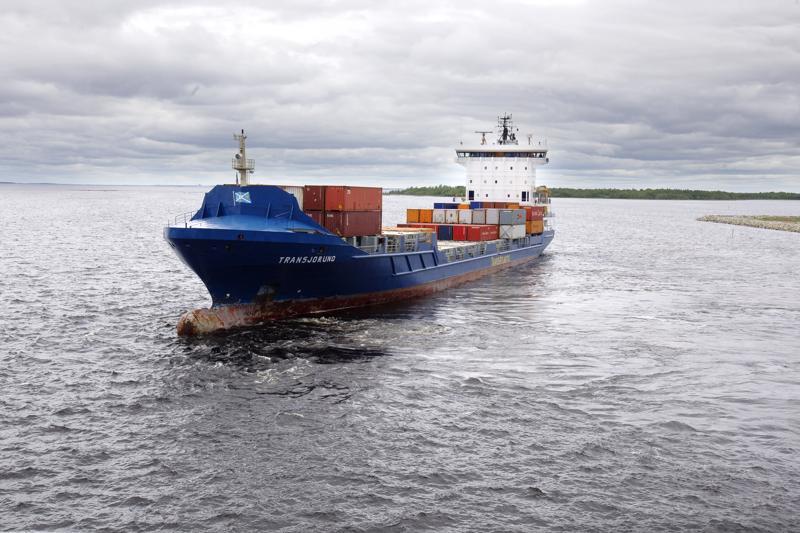 Suomalaisvarustamot keskustelevat gps-aikahypyn riskeistä parin viikon kuluttua. Itämerellä kulkee eri maiden aluksia, ja joissakin laitteistot voivat olla vanhoja.