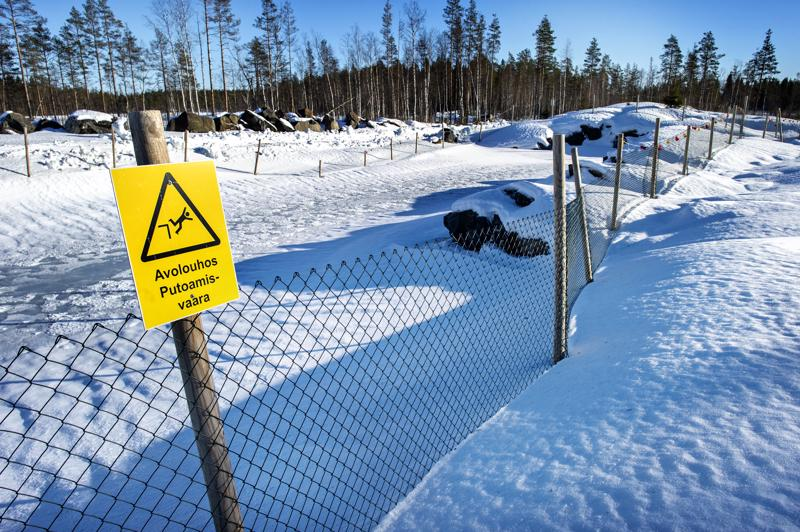 Keliberin ensimmäinen avolouhos tulee Ruohojärvien kohdalle, Kokkolan Ullavan ja Kaustisen rajalle. Järvet kuivatetaan syksyllä.