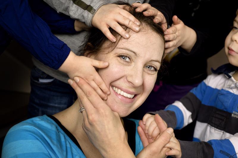 Vancouverissa syntynyt Bonnie Kankkonen on kaksien kaksosten kiitollinen äiti.