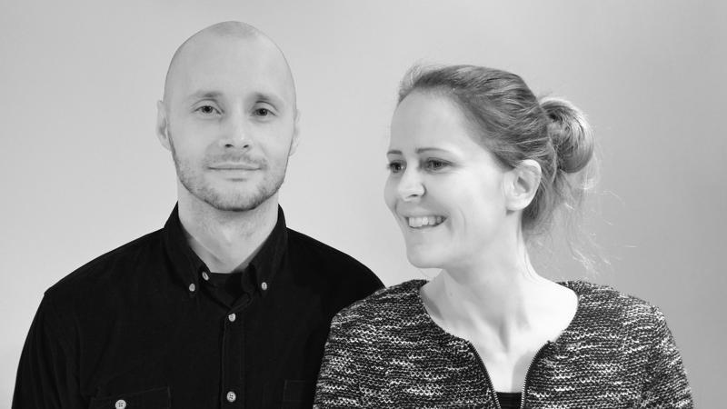 Mika Rantonen ja Verena Netzer ovat suomalais-saksalainen tiimi, joka asuu vuorotellen Suomessa ja Saksassa.