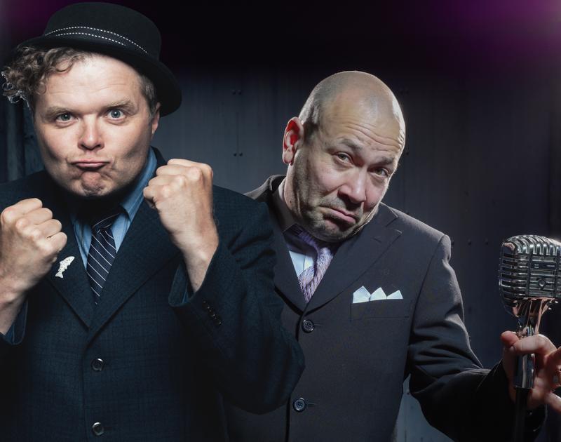 Iltamamiehet. Jukka Takalo ja Matti Patronen esiintyvät keskiviikkona Toholammilla.
