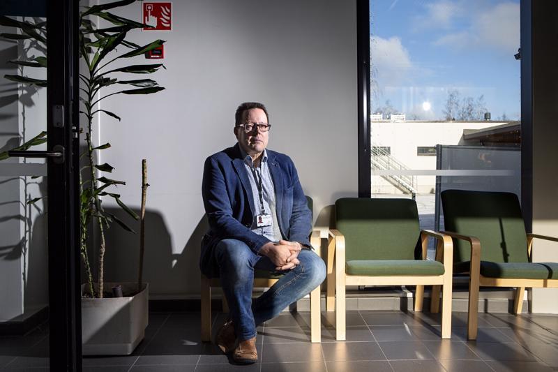 Vastuualuejohtaja Jaakko Kososen mukaan alle 16-vuotiaiden psykoterapiahoitojen saatavuus on parantunut. Silti tarvitsijoita on enemmän kuin hoitoa voidaan antaa.