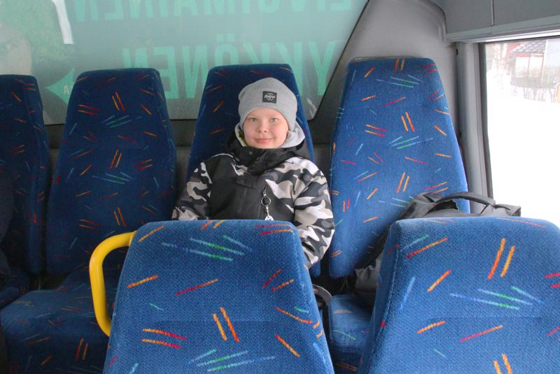 Eeli Annala tykkää bussimatkoista.