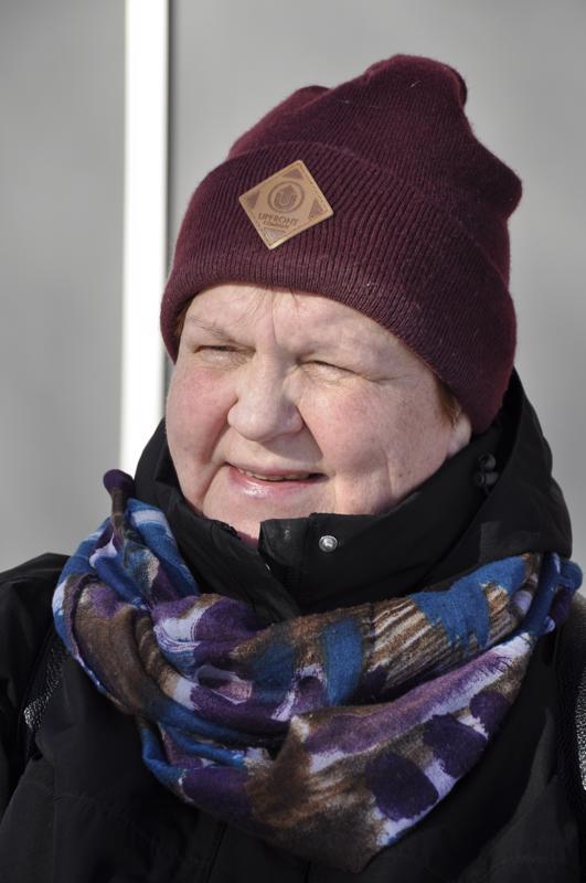 Ritva Uusitalo-Poussu, Kuusamo- Tietenkin kiinnostavat. Aina käydään äänestämässä.