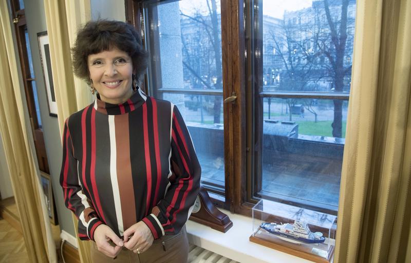 Ministeri Anne Bernerillä ei ole toimitusministeriössä valtuuksia ratahankkeita vauhdittavien tytäryhtiöiden perustamiseen.