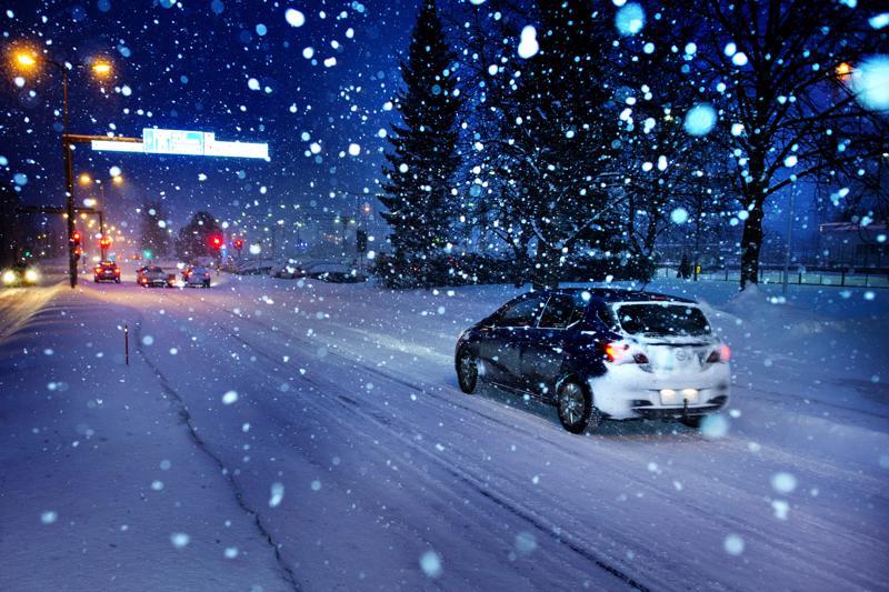 Lumisade haittaa näkyvyyttä paikoin Pohjois-Pohjanmaalla.