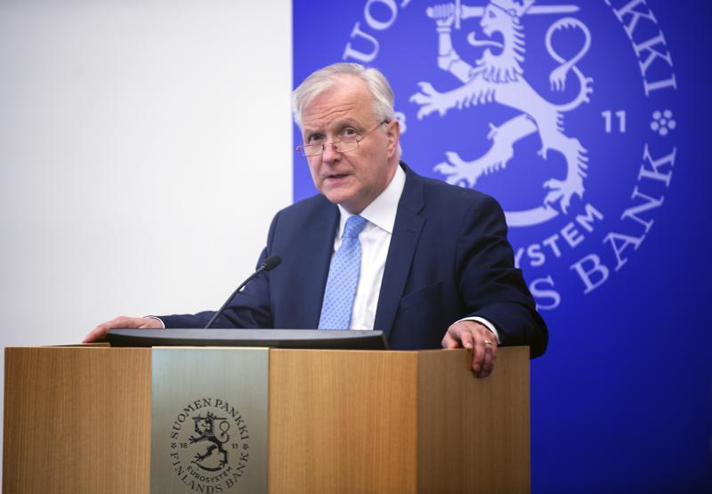 Olli Rehnin johtama Suomen Pankki arvioi, että talouskasvu hidastuu maailmanlaajuisesti. Hidastumisen suurimmat syyt tulevat idästä.