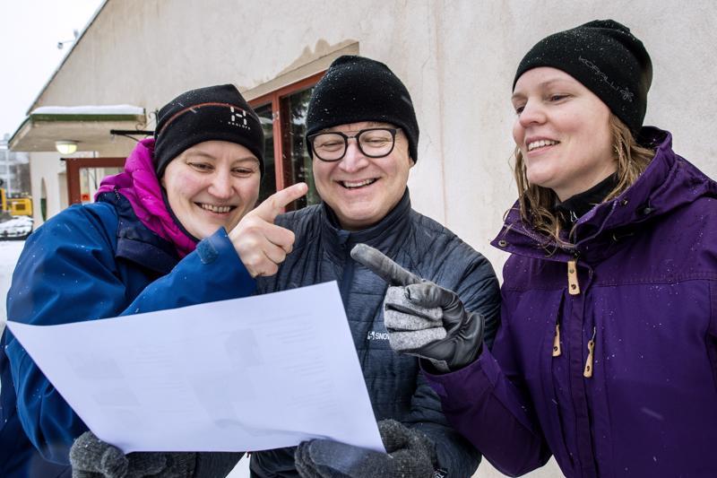 Anna-Kaisa Syrjälä, Hannu Ilmolahti ja Kati Göös uskoivat, että kaikki osallistujat löytävät rastit, vaikka heillä itsellään olikin erimielisyyksiä siitä, mihin suuntaan kannattaa ensin lähteä.