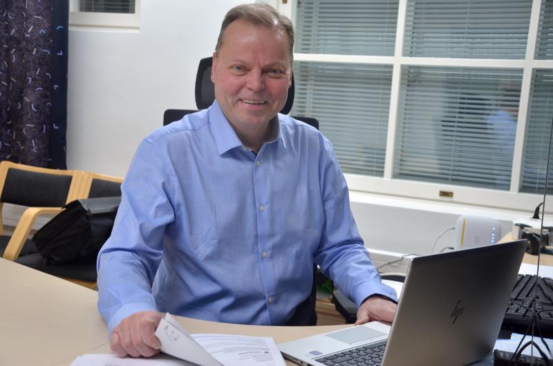Toholammin kunnanhallitus esittää Jukka Hillukkalaa jatkamaan kunnanjohtajana.