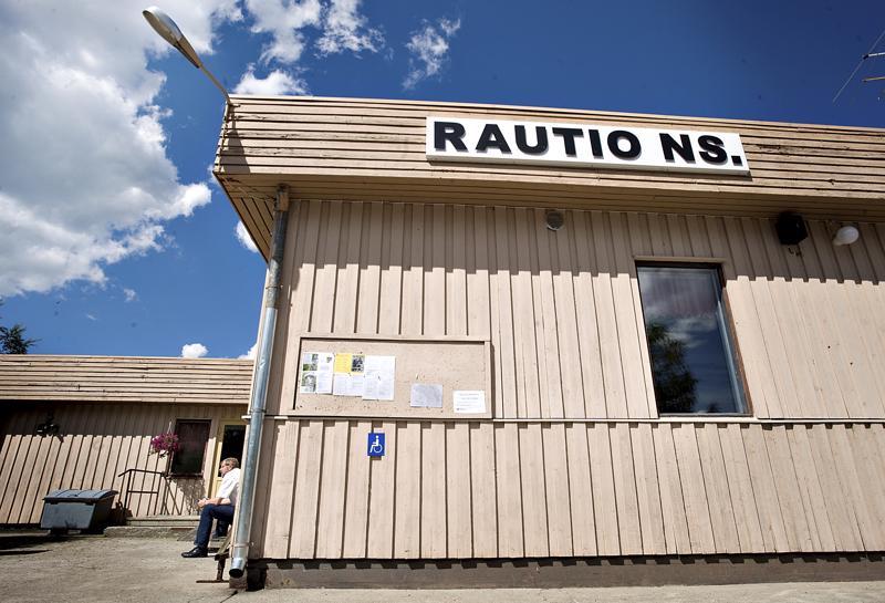 Raution nuorisoseurantalon paikalle suunnitellaan monitoimikeskusta.