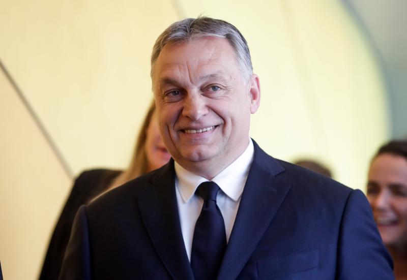 Unkarin pääministeri ja Fideszin puheenjohtaja Viktor Orbán, 55, saapui keskiviikkona EPP:n kokoukseen. Fidesz erotettiin ryhmästä toistaiseksi.