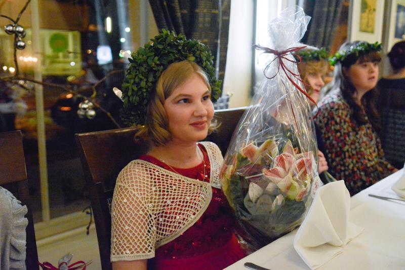 Elisa Kotisaari on ensimmäinen Special Lucia. -Lucian tehtävänä on tuoda valoa ja iloa, hän totesi kisan ratkettua.