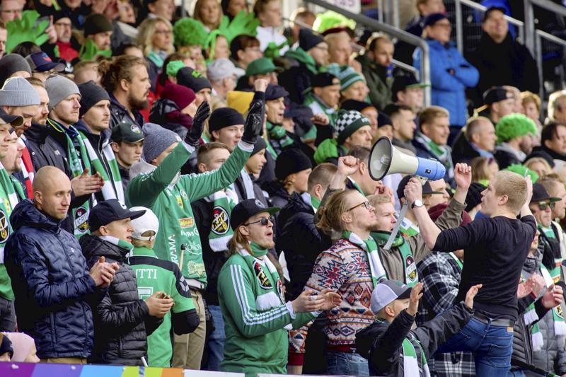 KPV järjestää kannattajilleen kyydityksiä Seinäjoella pelattaviin kotipeleihin.