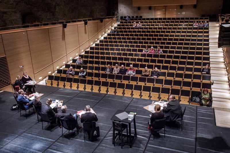 Eläkeliiton Keski-Pohjanmaan piirin Kaustisella järjestämä vaalipaneeli ei ollut yleisömenestys.