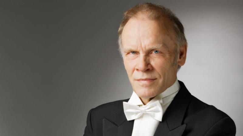 Baritoni Jorma Hynninen laulaa Matteus-passiossa Jeesuksen roolin. Yli 50-vuotisen uran tehnyt Hynninen on Suomen menestyneimpiä oopperalaulajia.