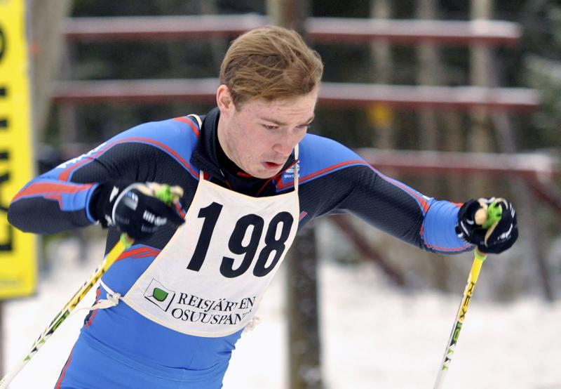 Lauri Gummerus pääsi lauantaina juhlimaan Suomen Cupin viestivoittoa.